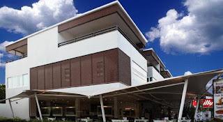 Hotel Murah di Naiharn Phuket - Naiharn Beach Road Apartment
