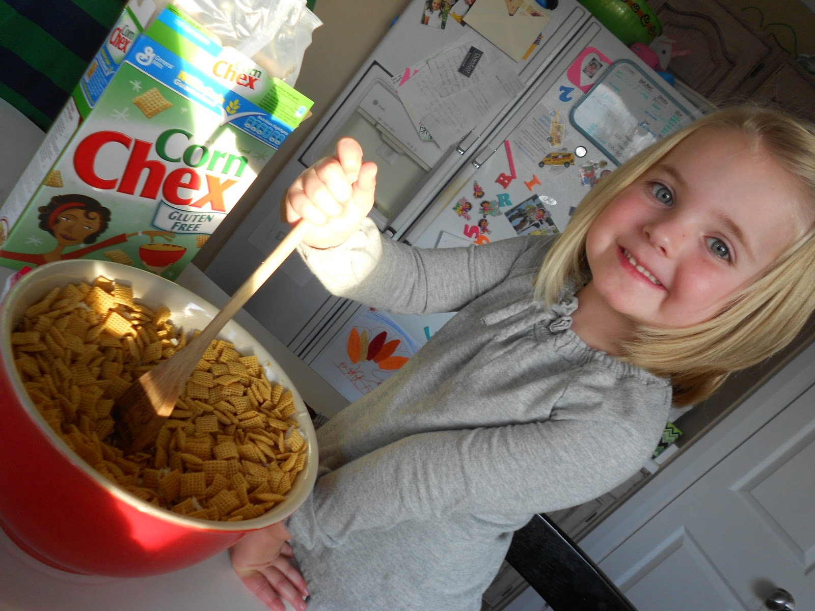 Gooey Almond and Coconut Chex Mix / Six Sisters' Stuff | Six Sisters ...