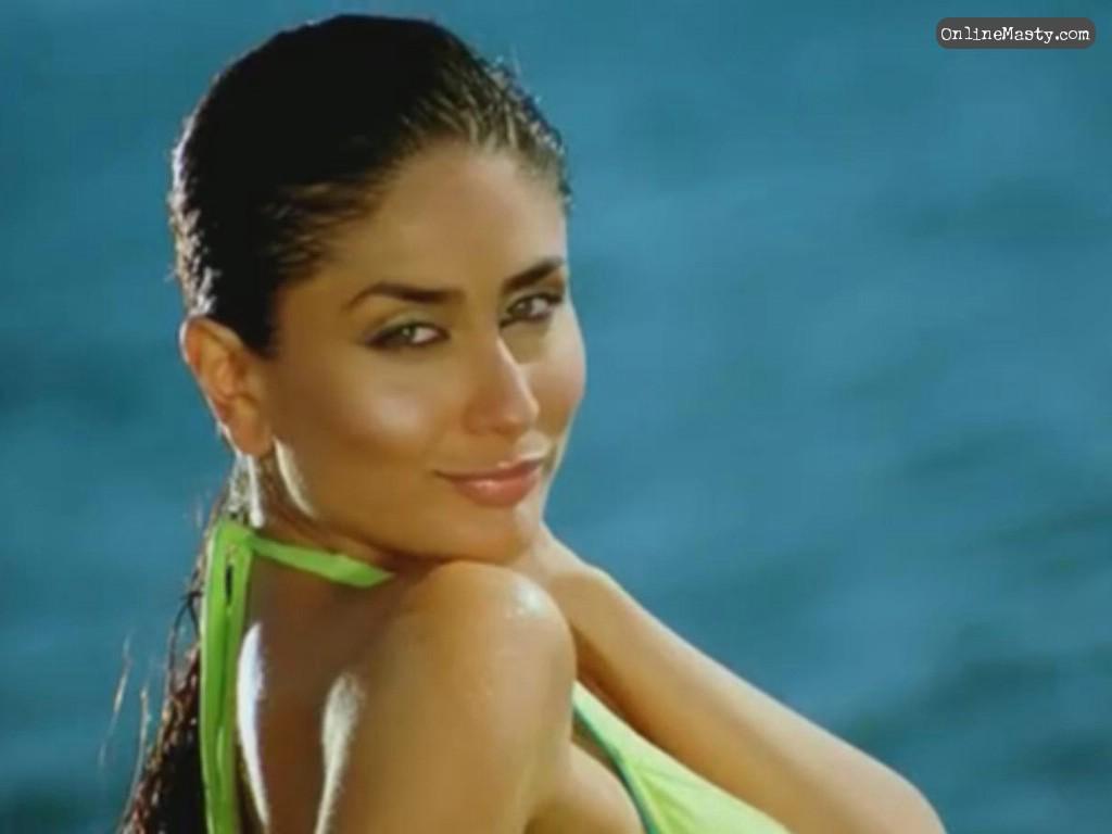 kareena kapoor: hot bikini girl ::kareena :happy birthday