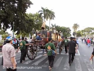 Ayo Bangun Pagi lihat Festival Keraton Sedunia GRATIS DI Monas