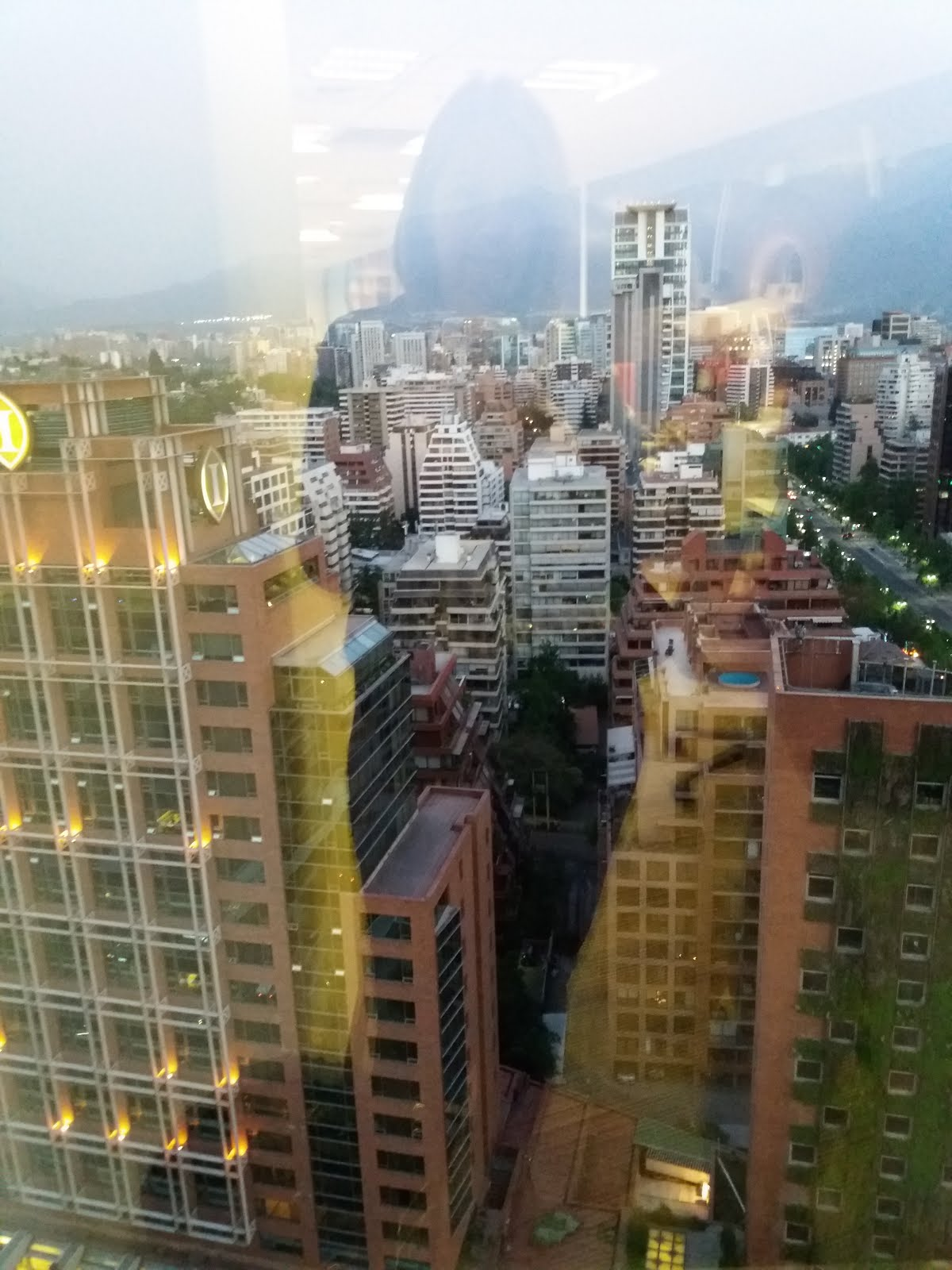 Autorretrato pixelado a 21 pisos de altura