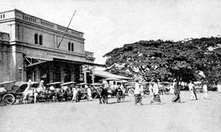 Stasiun Surabaya Kota/Semut