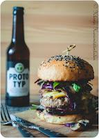 Pilzburger mit Portweinzwiebeln
