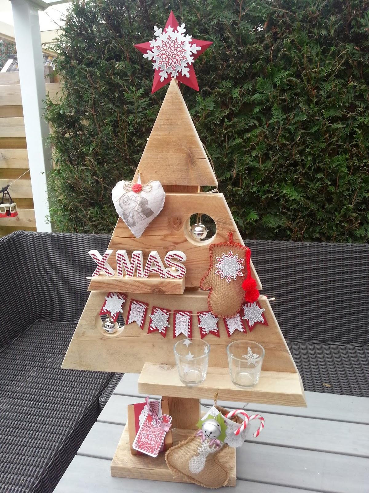 Studio grutsk workshop kerstboom decoreren for Decoreren een studio
