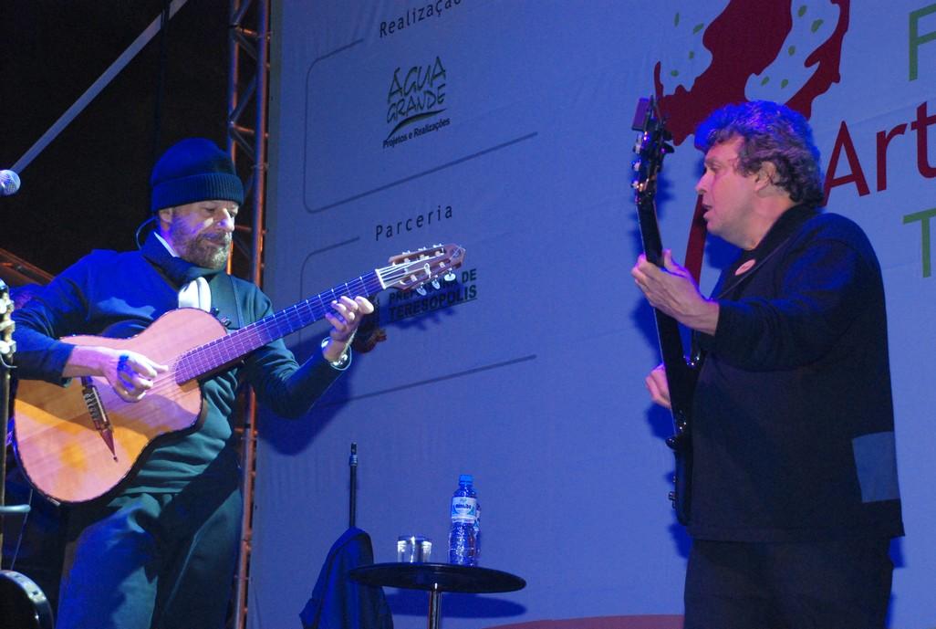 João Bosco cantou grandes sucessos de seus 40 anos de carreira
