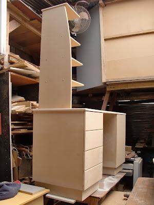 Decoraciones manualidades en madera como se pinta el mdf for Armado de muebles en mdf