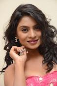 Deepika Das Glam pix in Pink-thumbnail-16