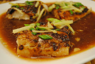 Malikala 39 s ono kine grinds steamed fish with black bean sauce for Fish in black bean sauce