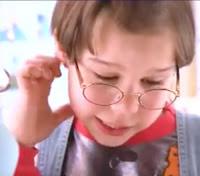 Campanha do O Boticário com um garoto esperto apaixonado pela sua professora de matemática