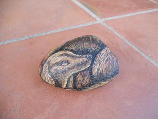 piedras pintadas a mano con Perro Setter Irlandes
