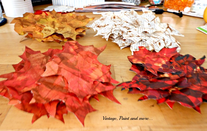 Vintage, Paint and more... wreath made with leaves from paper