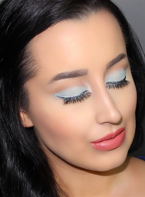 Tiffany & Co. Inspired Holiday Makeup Tutorial : Ashley Elizabeth Beauty