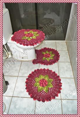 Jogo de banheiro em Crochê com flores Jogo de banheiro em Crochê com flores e folhas coloridas  com gráfico com gráfico
