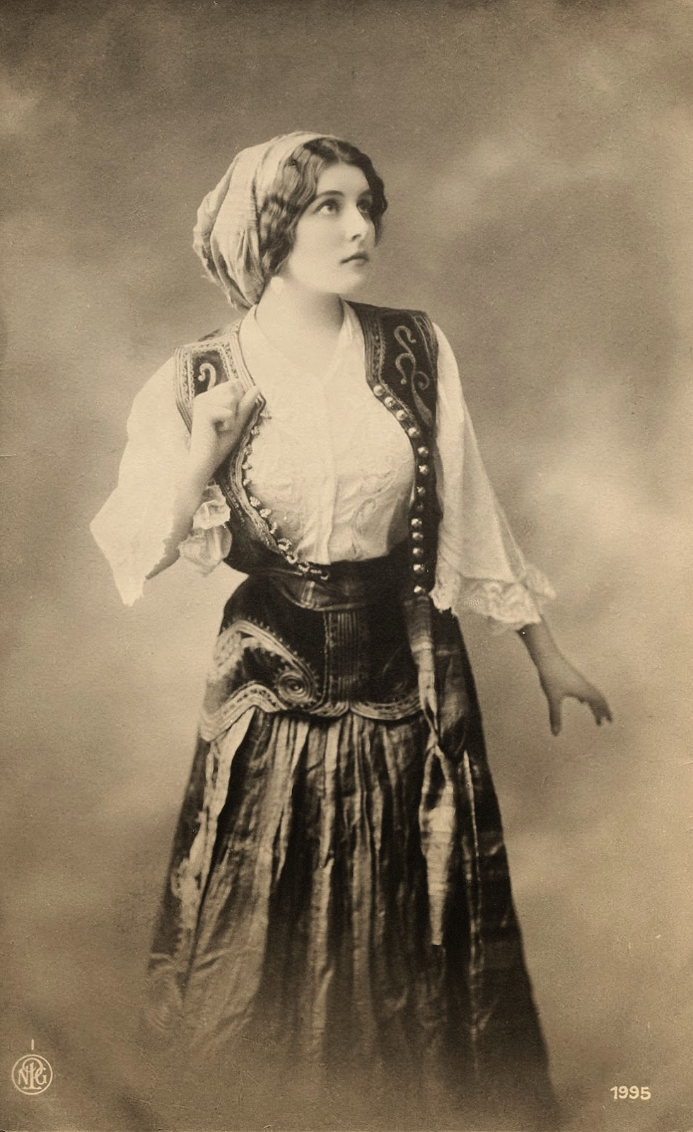 Dating photographs 19th century