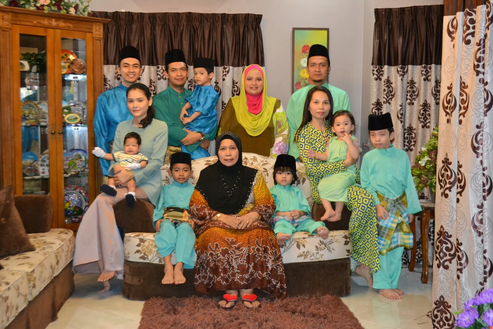My Beloved Family (2013)