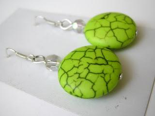 biżuteria z półfabrykatów - miętowe pastylki (kolczyki)