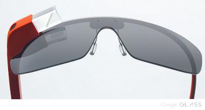 Grande ha sido decepción de saber que los Google Glass recién estarán a la venta a partir del 2014 ya que se trata de uno de los dispositivos que revolucionarán las comunicaciones y la forma en la cual interactuamos con la realidad. Sin embargo, un grupo de afortunados logró obtener una edición especial de conocida como Google Glass Explorer y gracias a ellos, hemos podido comenzar a conocer algo más alla de sus características de hardware. Uno de los más intrigantes es sin dudas la interfaz de usuario que ahora gracias a uno de los chicos de Reddit podemos instalar