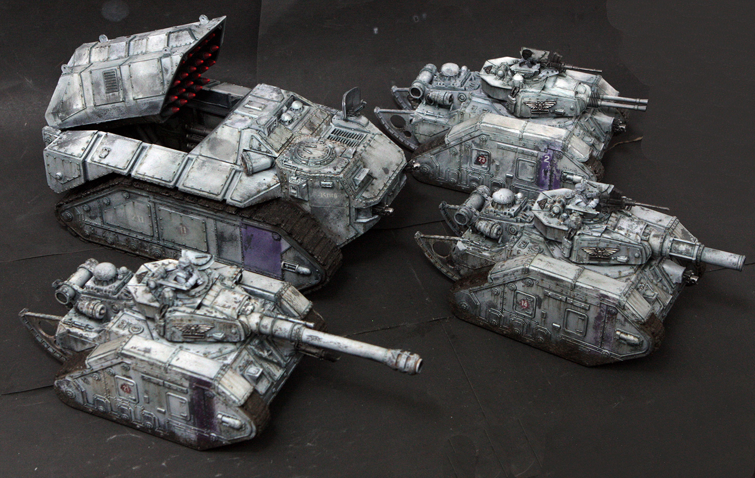 Miniature Fairy Tales: DkoK: Painting a Leman Russ Tank in winter camo