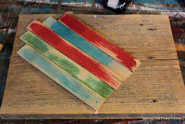 wood shims, heart, DIY, wood glue, paint, barnwood, valentines decor,http://bec4-beyondthepicketfence.blogspot.com/2016/01/wood-shim-heart.html