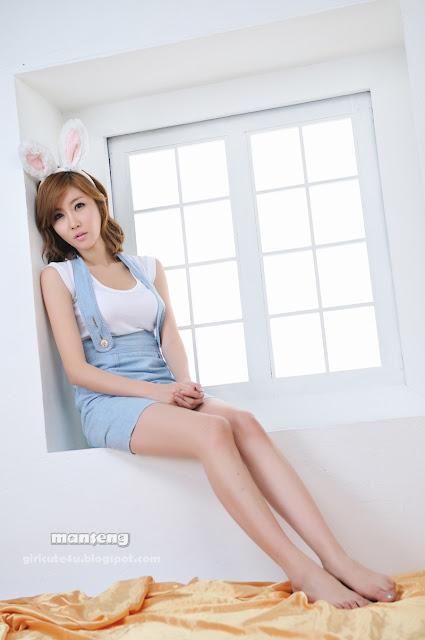 Choi-Byul-I-Denim-Overall-Skirt-12-very cute asian girl-girlcute4u.blogspot.com