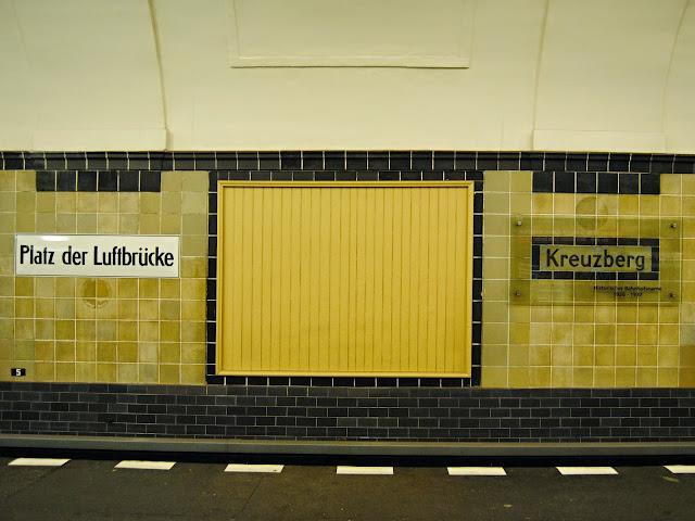 ubahn stanice kreuzberg berlin