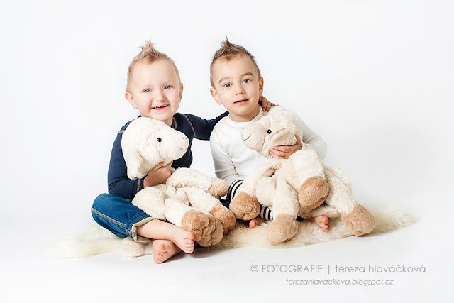 Tereza Hlaváčková fotografie, portrétní fotografka Karviná, focení dětí v ateliéru