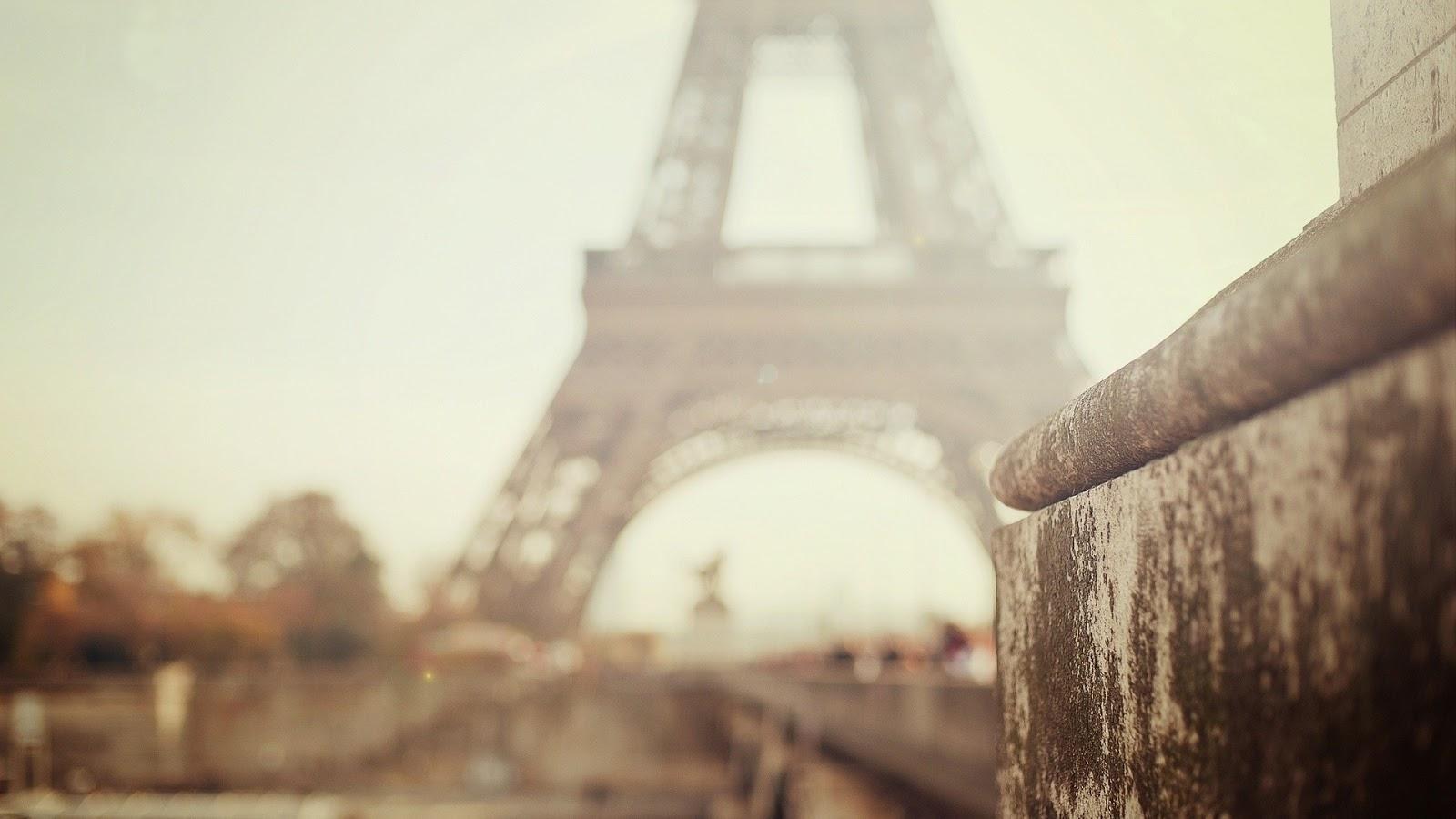 Morning in Paris City