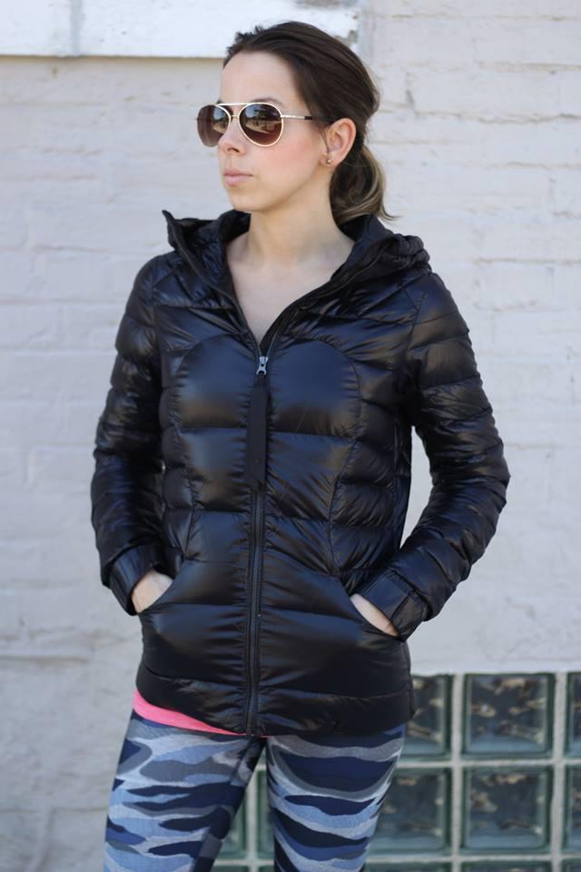 lululemon fluffin-awesome-jacket camo-wunder-under-pant