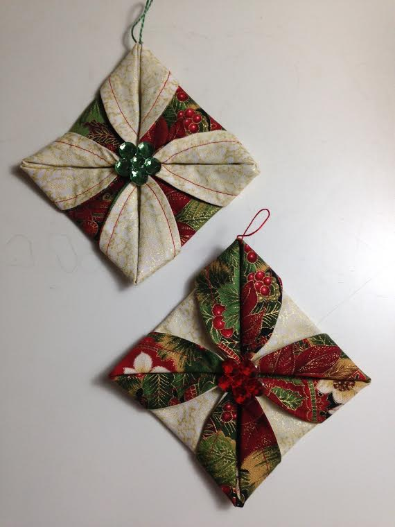Fabric Ornaments Patterns : Life in the Scrapatch: Folded Fabric Christmas Ornaments