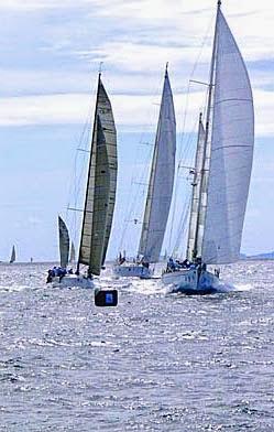 Regatta war in the Andaman Sea a dense battle