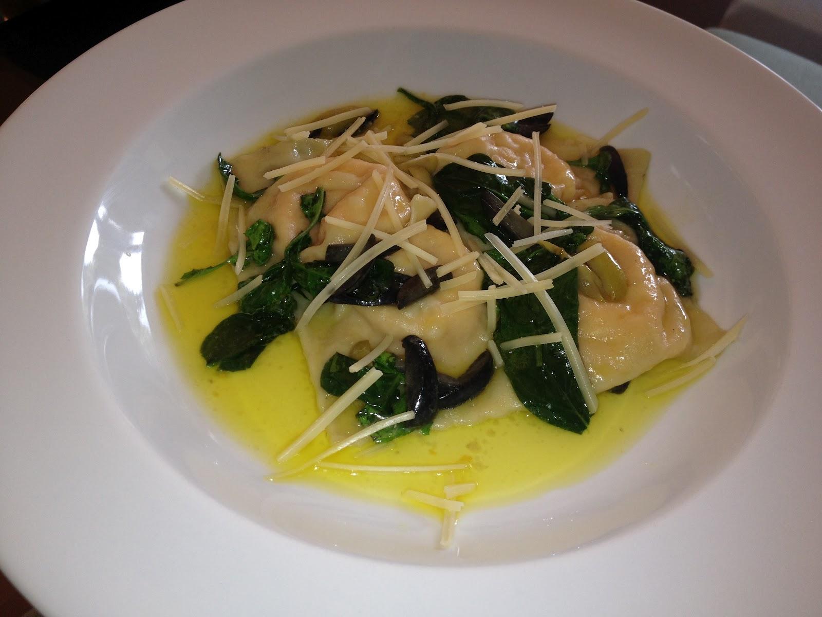 Ravioles rellenos de zapallo y ricota en salsa de - Salsa para verduras al horno ...