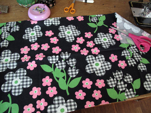 vintage retro sixties flower power fabric