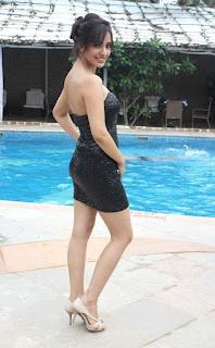 Neha Sharma Photo Gallery