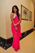 Anasuya dazzling saree photos-thumbnail-19