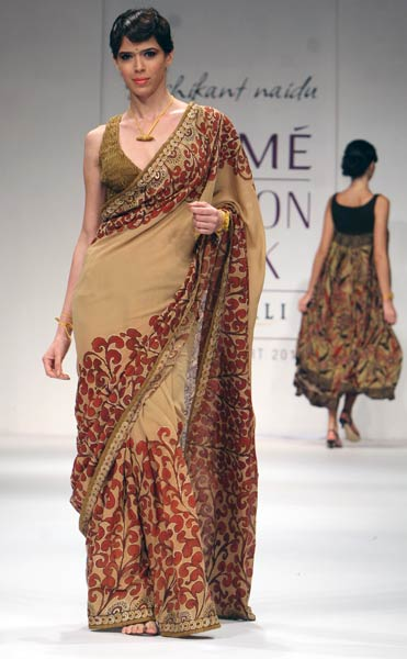different-styles-to-drape-saree