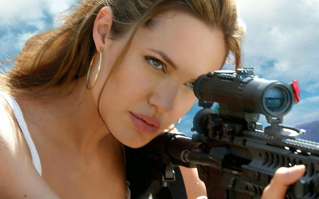 Hollywood Actress Angelina Jolie with gun photos