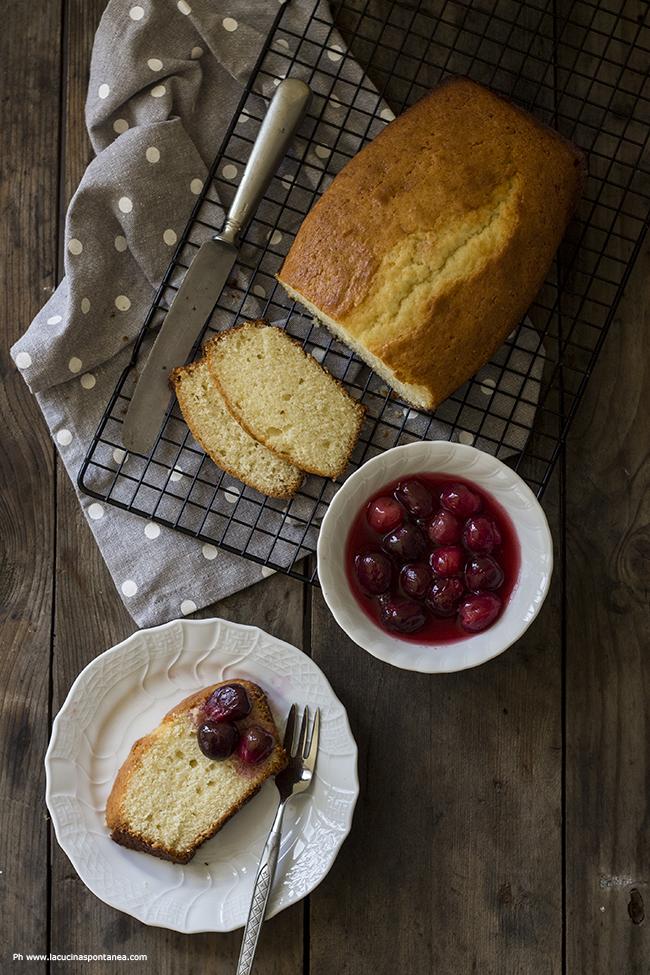 plumcake con sciroppo di ciliegie