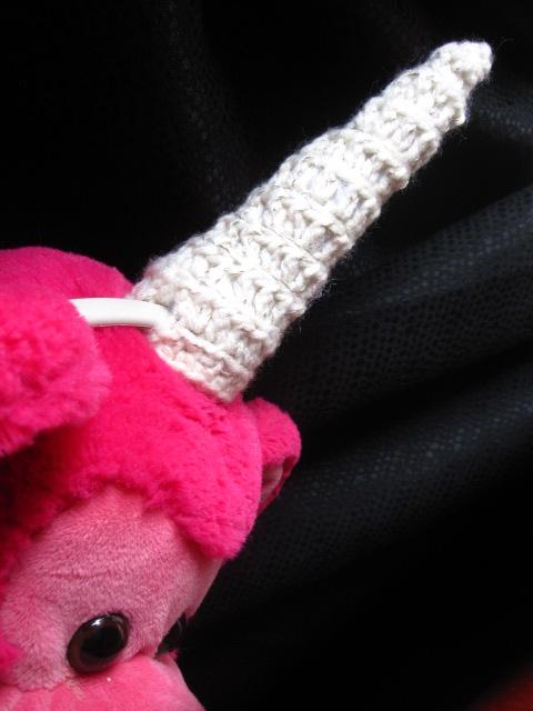 Crochet Unicorn Horn : The Curious Pebble Project: Amigurumi Unicorn Horn