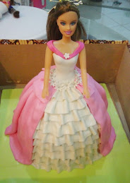 boneka cake