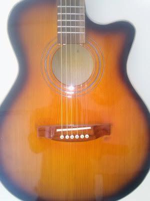 Bán đàn Guitar ở HCM
