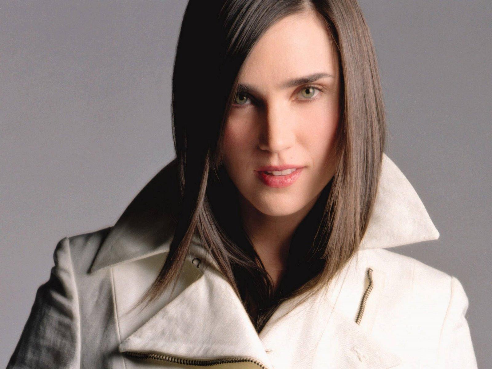 http://1.bp.blogspot.com/-rjr3soq5cXM/UER4xi8tiyI/AAAAAAAAED0/ytxYP4BT46Y/s1600/Jennifer-Connelly-Medium-Hairstyle.jpg
