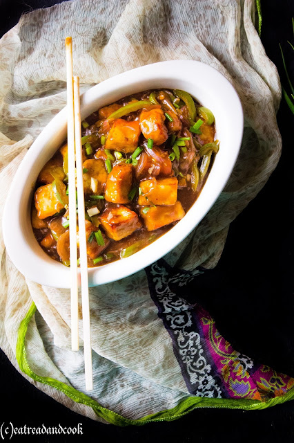 how to cook spicy indo-chinese chilli paneer recipe