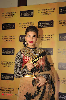 Jacqueline Fernandes Pictures in Saree at 12th Teacher's Achievement Awards 2013    ~ Bollywood and South Indian Cinema Actress Exclusive Picture Galleries