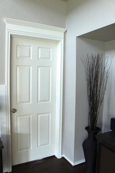 Como decorar puertas de interior pero no es tan fcil como for Puerta que abre para los dos lados