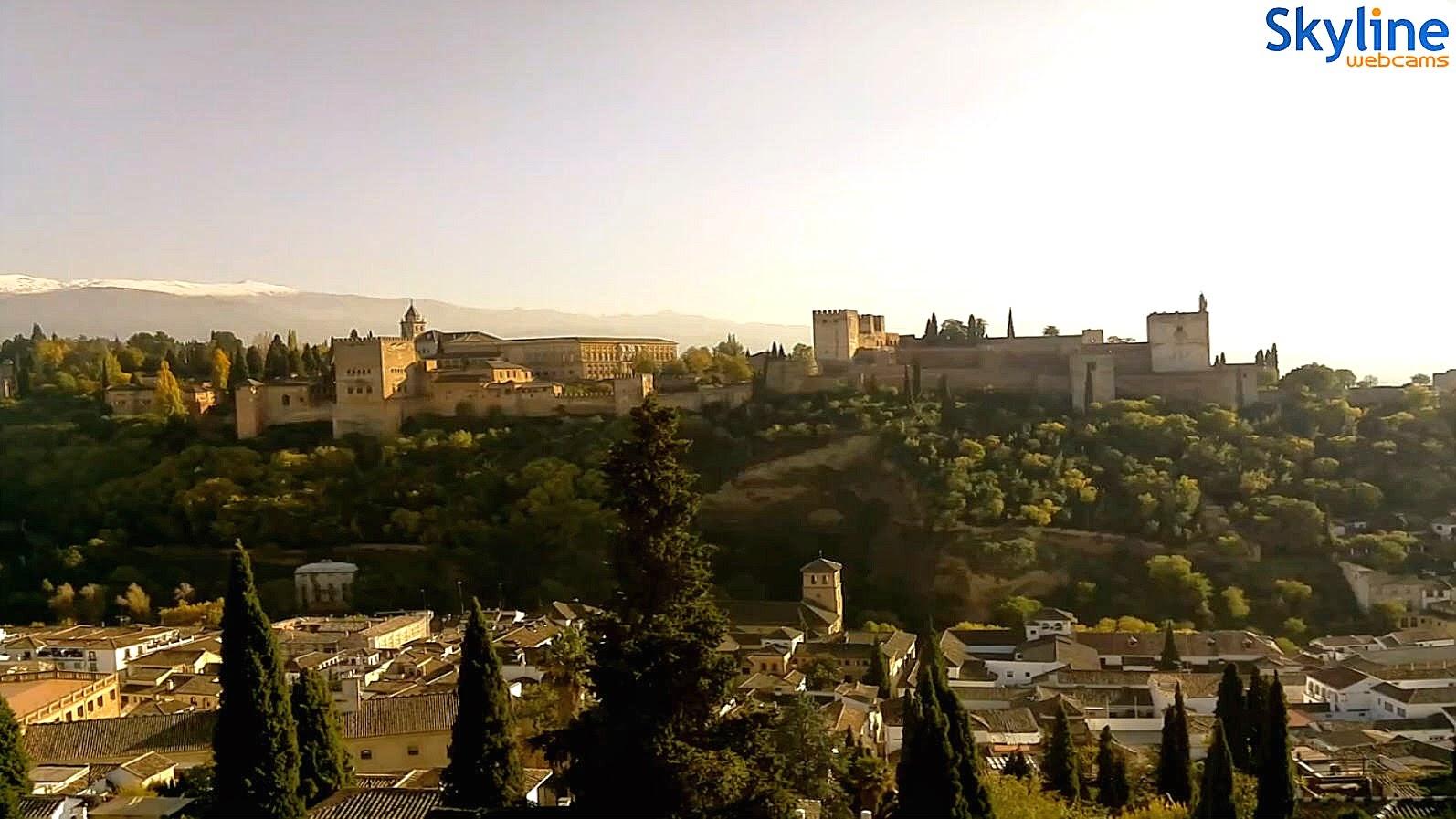 http://www.skylinewebcams.com/en/webcam/espana/andalucia/granada/alhambra-de-granada.html