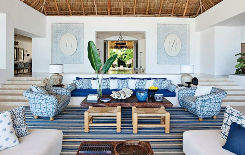 blue and white coastal living room