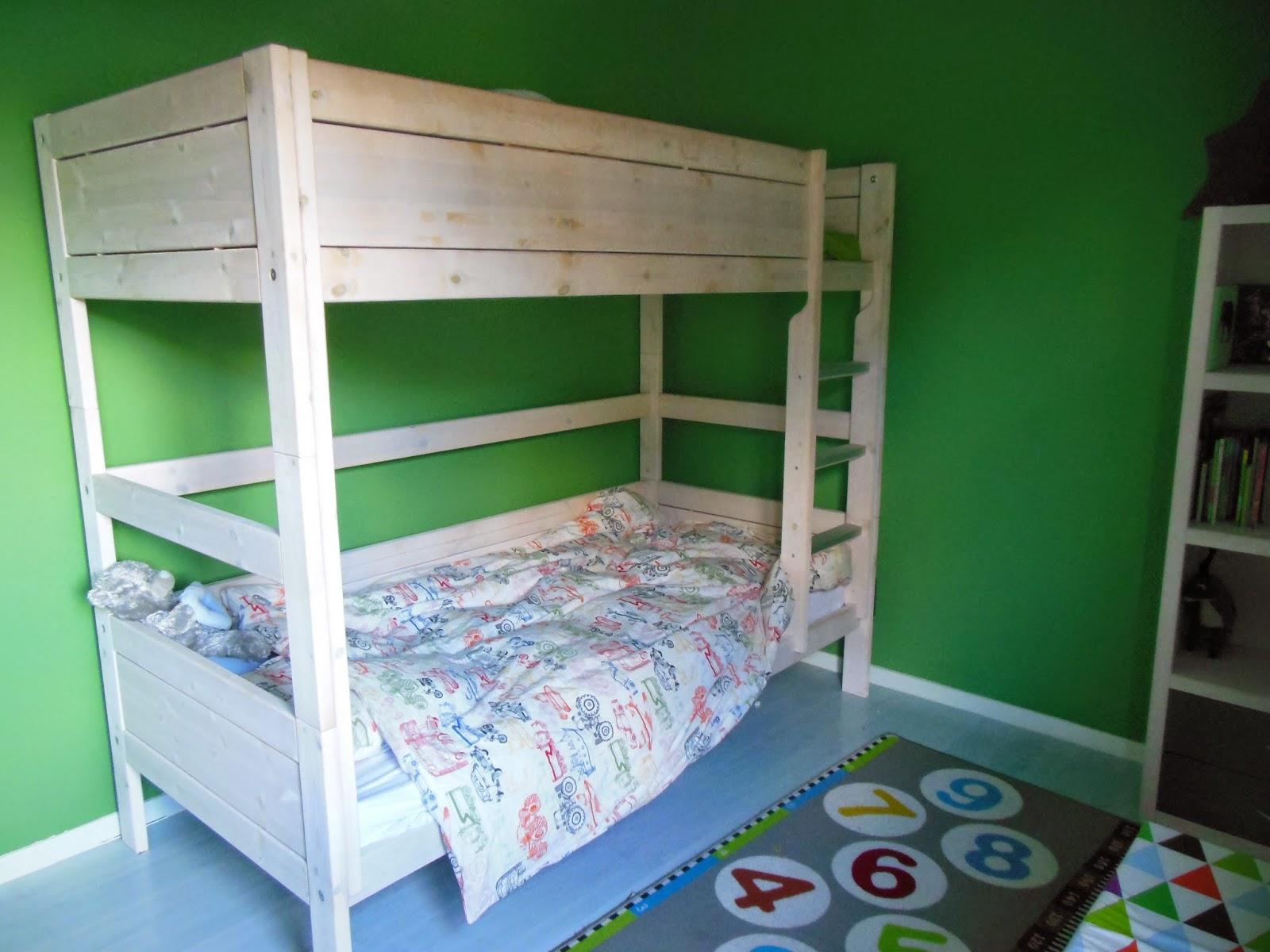 Slapen in een groot gezin de vijf jongsten - Kleur voor de slaapkamer van de meid ...