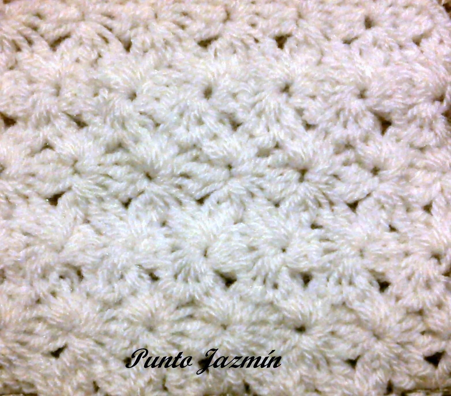 Dobladillos...y algo más: Mantillas para bebés (crochet, dos agujas)