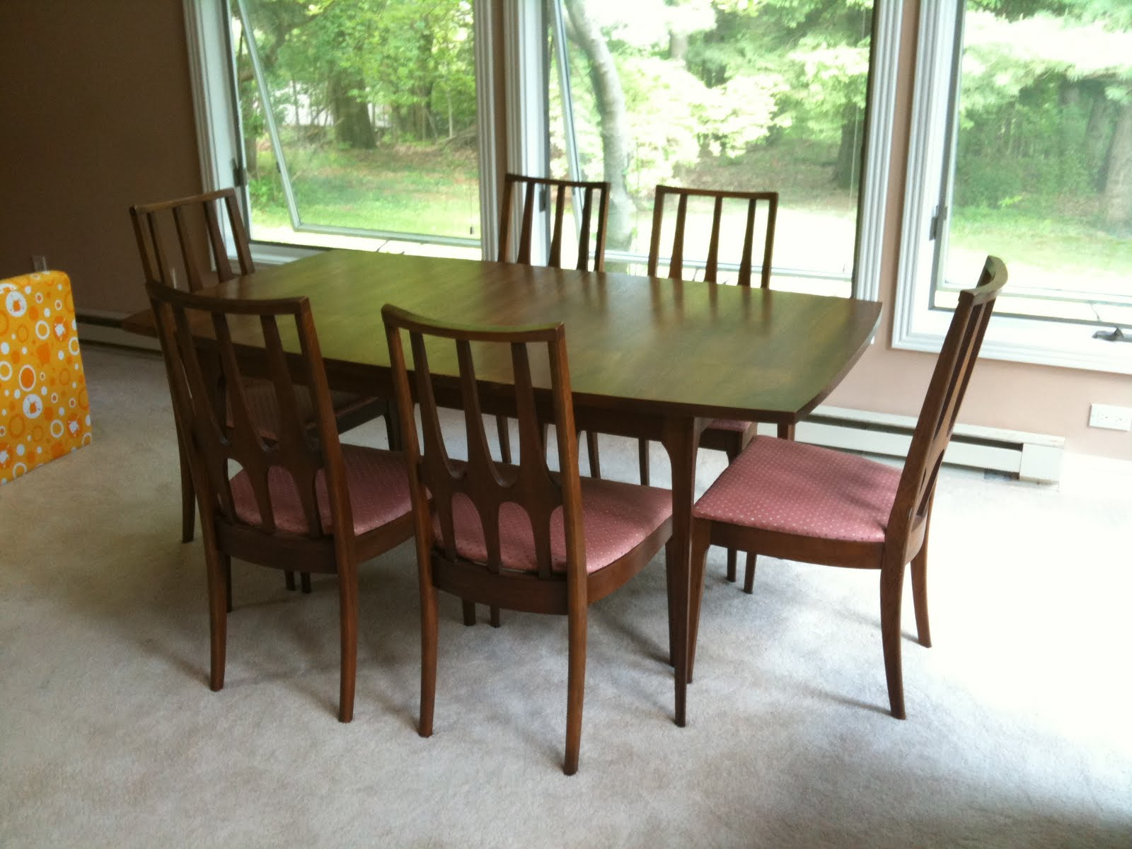 The Daily Update: Broyhill Brasilia Dining Set. Full resolution  img, nominally Width 1600 Height 1200 pixels, img with #B27A19.