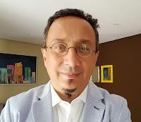 Estrategista de Marcas, Empresario, Escritor e Palestrante